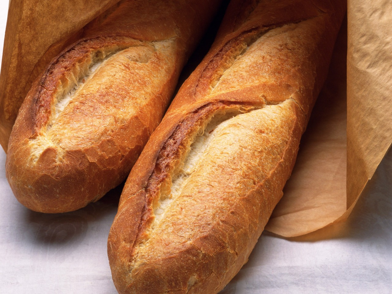 "You say ""pain"", I say ""baguette""."